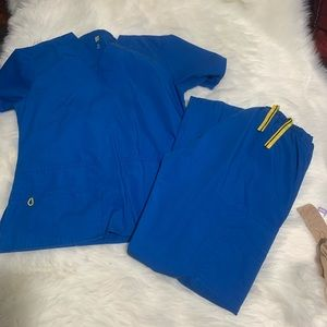 WINK royal blue scrub set size Xs/Spetite